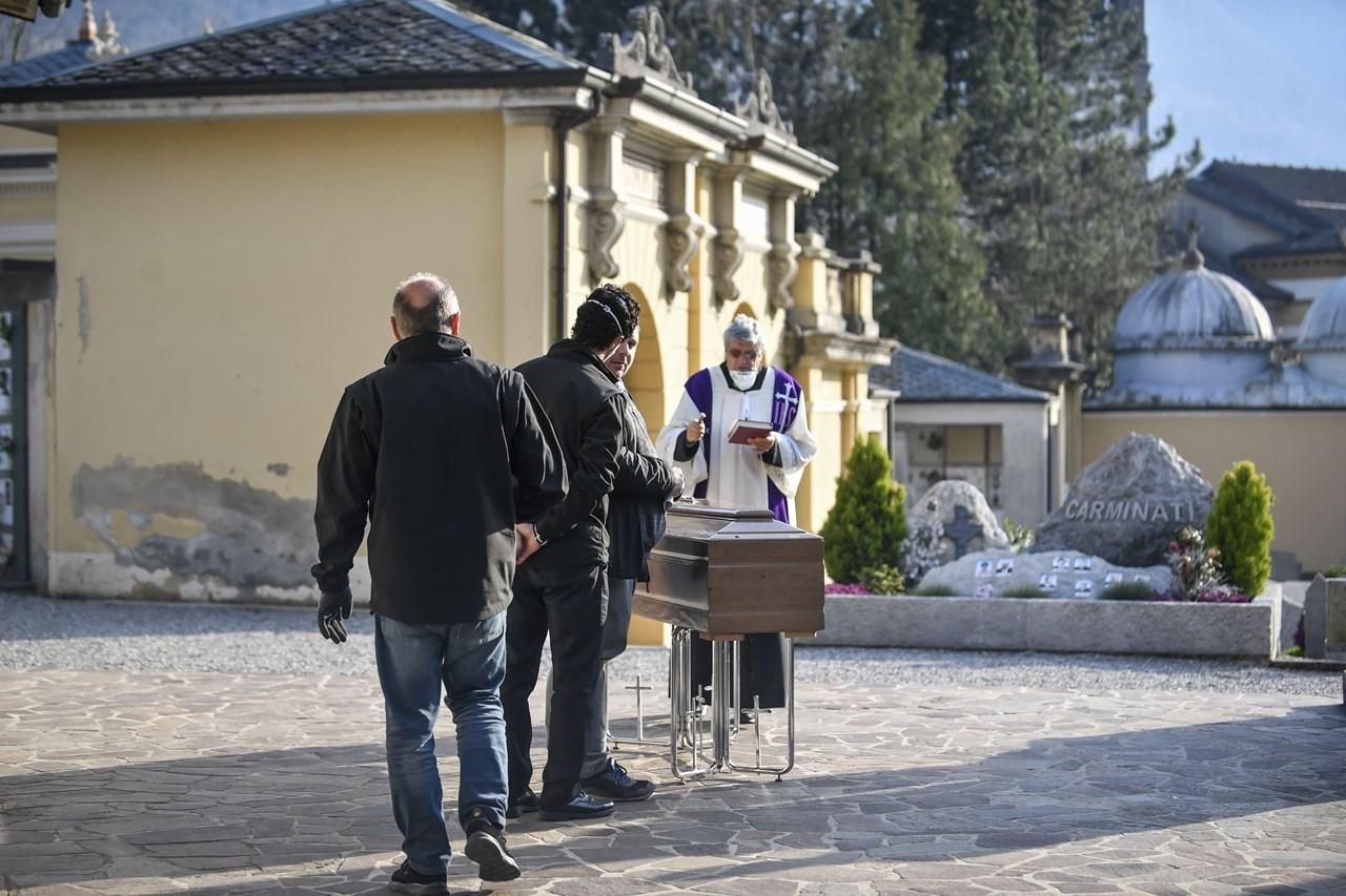 COVID-19 – κορωνοϊός: Ιταλία 793 νεκροί σε μια μέρα | ΚΟΣΜΟΣ | Ορθοδοξία | orthodoxiaonline | κορωνοϊός |  COVID-19 |  ΚΟΣΜΟΣ | Ορθοδοξία | orthodoxiaonline