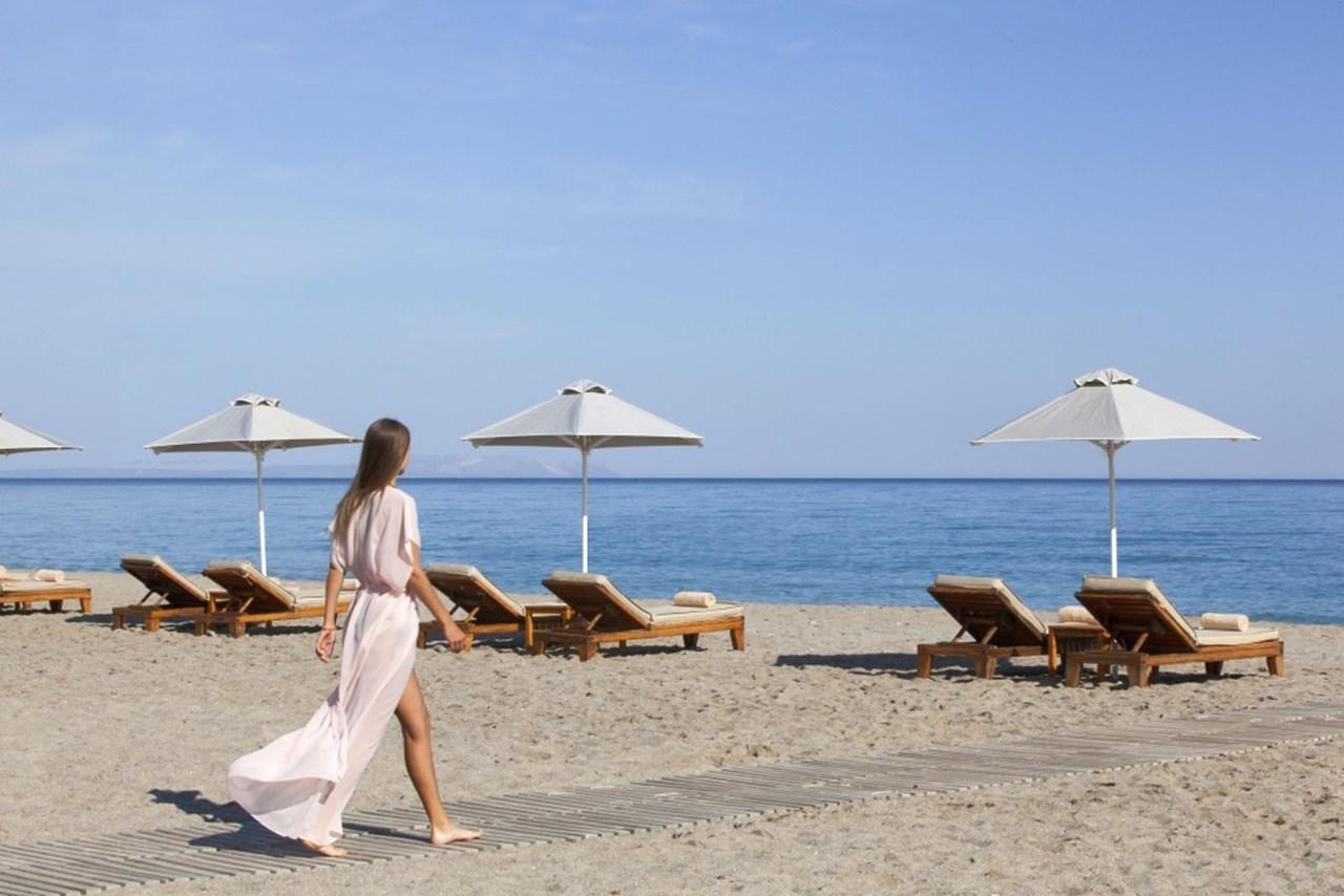 Η παραλία Αδελιανός κάμπος