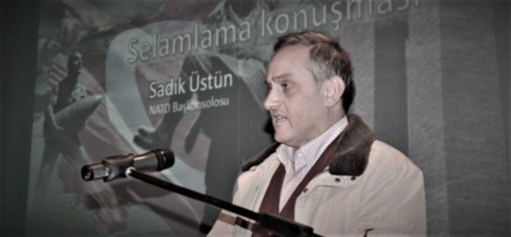 Ο Σαντίκ Ουστούν, πράκτορας της ΜΙΤ, είχε κάνει μία ομιλία στις Βρυξέλλες το 2013