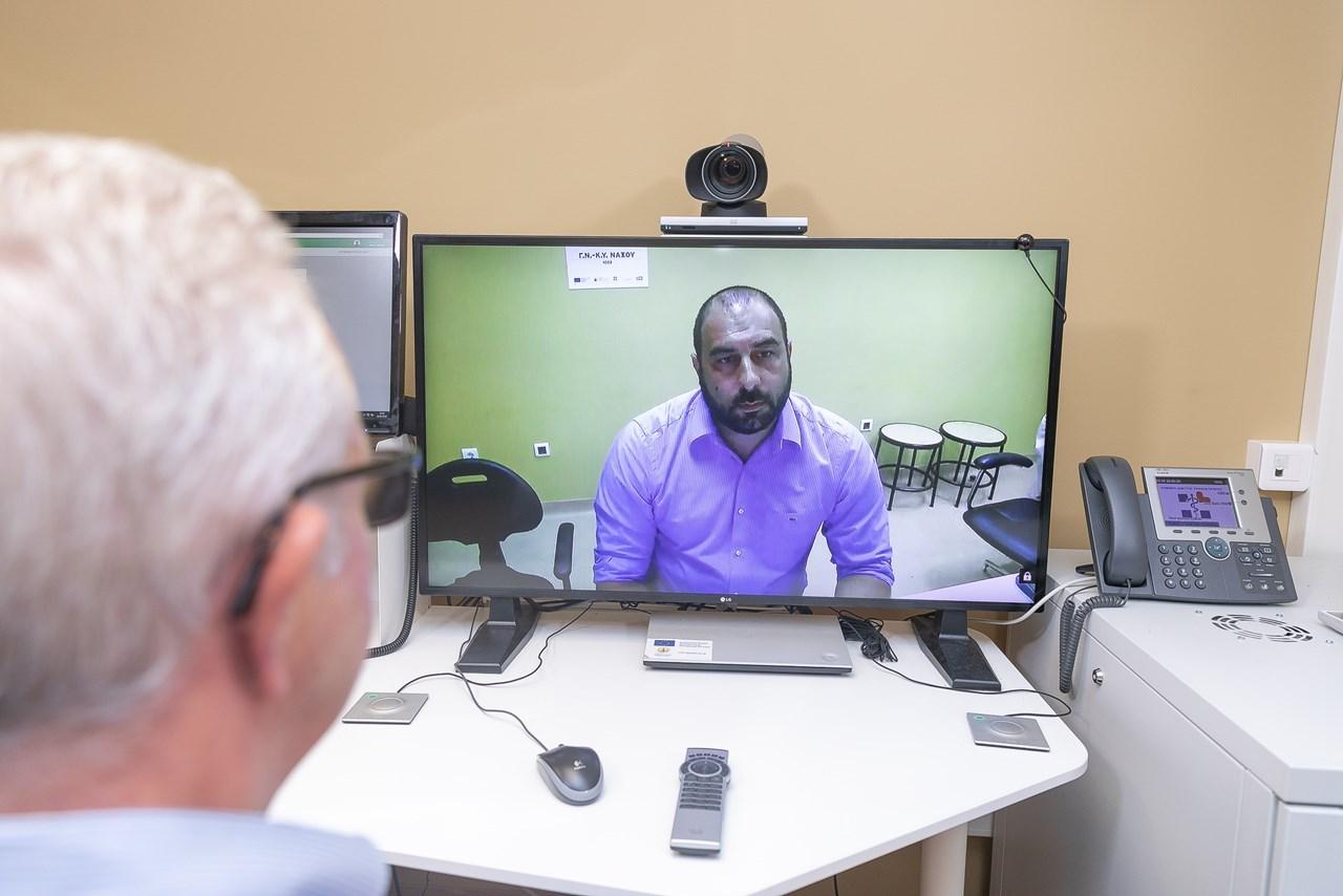 Οι νησιώτες «εξετάζονται» σε μεγάλα νοσοκομεία της Αττικής μέσω της τηλεϊατρικής