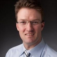 Δρ. Matthew Oughton