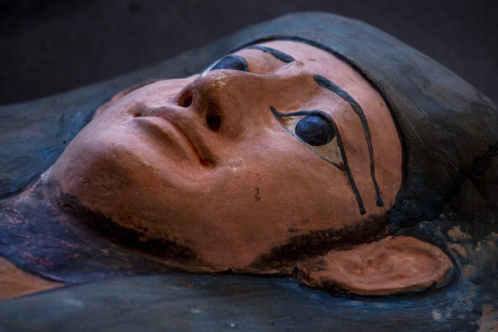 ΑΠΙΣΤΕΥΤΗ ανακάλυψη στην Αίγυπτο: Βρέθηκαν 100 άθικτες σαρκοφάγοι...