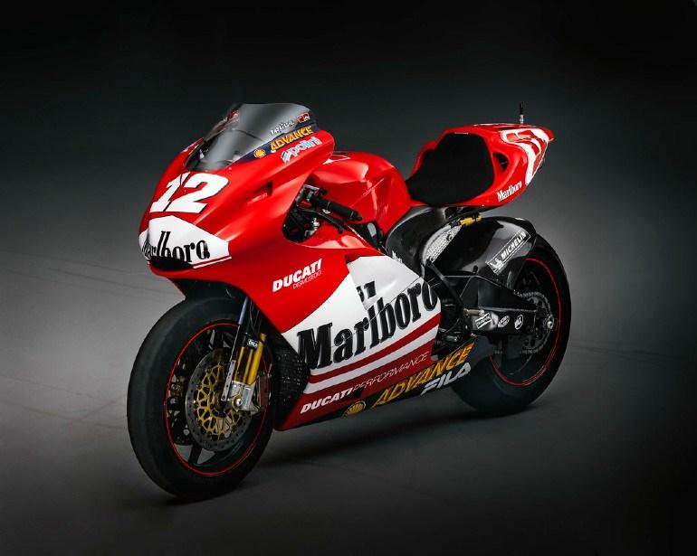Η αγωνιστική μοτοσικλέτα του Αυστραλού Troy Bayliss δική σας...