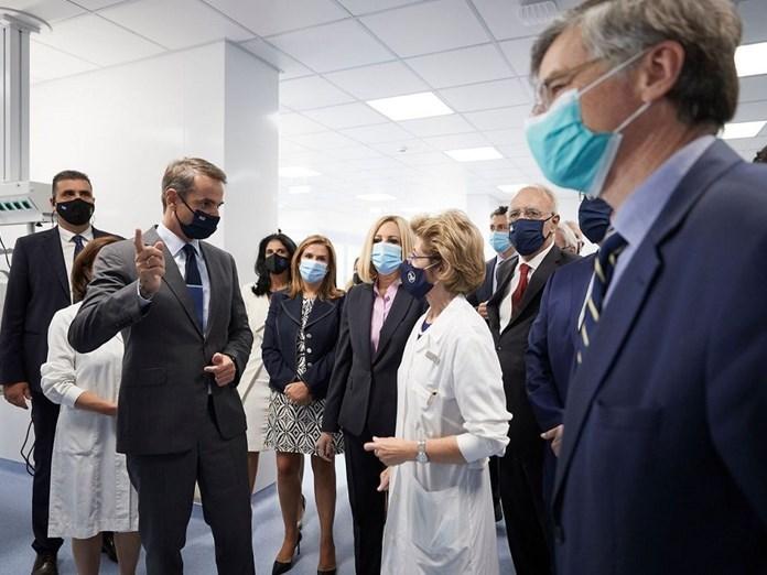 Ο πρωθυπουργός στα εγκαίνια των 50 κλινών ΜΕΘ στο Σωτηρία.