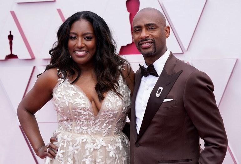 Ο παραγωγόςCharles D. King και η σύζυγος τουStacey Walker King.
