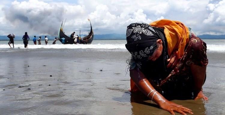 Η φωτογραφία με την κατάκοπη γυναίκα της φυλής Rohingya που έφερε το Πούλιτζερ στον Danish Siddiqui.